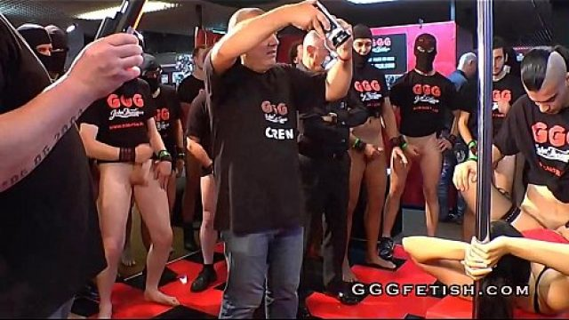 Gangbang Sex guys gives orgy sex with on woman
